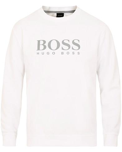Boss Fashion Logo Crew Neck White i gruppen Kläder / Tröjor / Sweatshirts hos Care of Carl (15442311r)