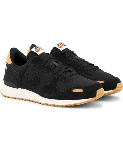 Nike Air Vortex Sneaker Black i gruppen Sko / Sneakers / Running sneakers hos Care of Carl (15446211r)