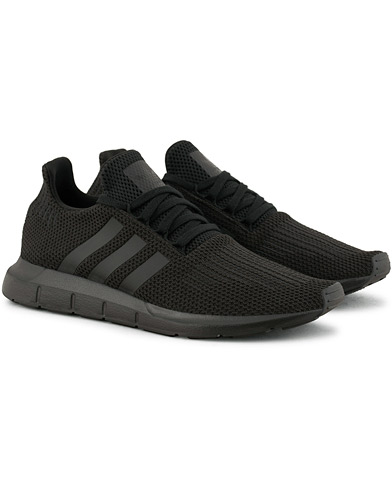 adidas Originals Swift Run Sneaker Core Black i gruppen Sko / Sneakers / Running sneakers hos Care of Carl (15463511r)