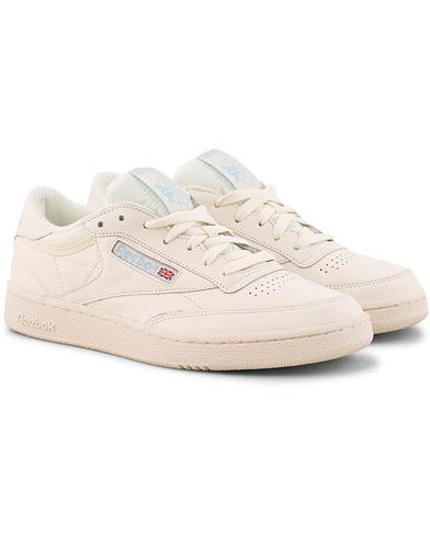 Reebok Club C 85 MU Low Sneaker Off White i gruppen Skor / Sneakers hos Care of Carl (15485411r)