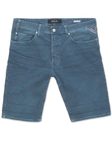 Replay Anbass Jeanshorts Storm Blue i gruppen Kläder / Shorts / Jeansshorts hos Care of Carl (15495411r)