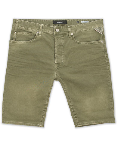 Replay Anbass Jeanshorts Olive i gruppen Kläder / Shorts / Jeansshorts hos Care of Carl (15495611r)