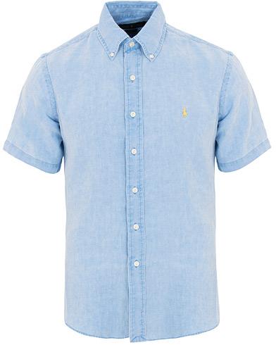Polo Ralph Lauren Slim Fit Linen Short Sleeve Shirt Riviera Blue i gruppen Klær / Skjorter / Casual / Kortermede skjorter hos Care of Carl (15593311r)