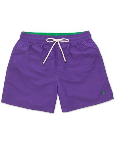 Polo Ralph Lauren Traveler Boxer Swimshorts Cabana Purple i gruppen Klær / Badeshorts hos Care of Carl (15605811r)