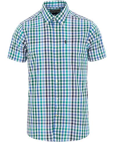 Barbour Lifestyle Tailored Tattersall 6 Check Short Sleeve Shirt Green i gruppen Klær / Skjorter / Casual / Kortermede skjorter hos Care of Carl (15620411r)