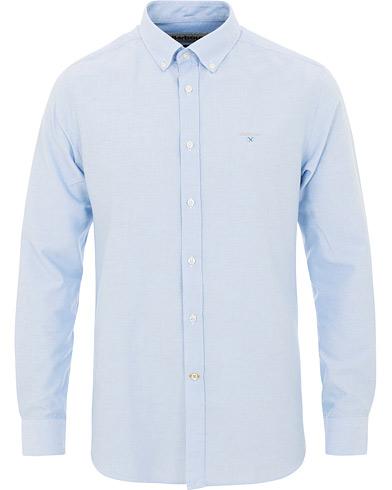 Barbour Lifestyle Tailored Fit Oxford 3 Shirt Sky Blue i gruppen Klær / Skjorter / Casual / Oxfordskjorter hos Care of Carl (15620611r)