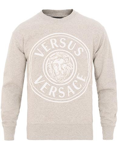Versus Versace Logo Sweatshirt Grey i gruppen Klær / Gensere / Sweatshirts hos Care of Carl (15627111r)