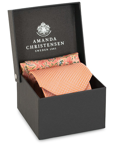 Amanda Christensen Box Set Silk Dot 8 cm Tie With Flower Pocket Square Peach  i gruppen Assesoarer / Slips hos Care of Carl (15641410)