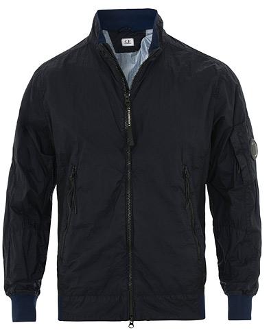 C.P. Company Garment Dyed Nyfoil Jacket Total Eclipse i gruppen Klær / Jakker / Tynne jakker hos Care of Carl (15651811r)