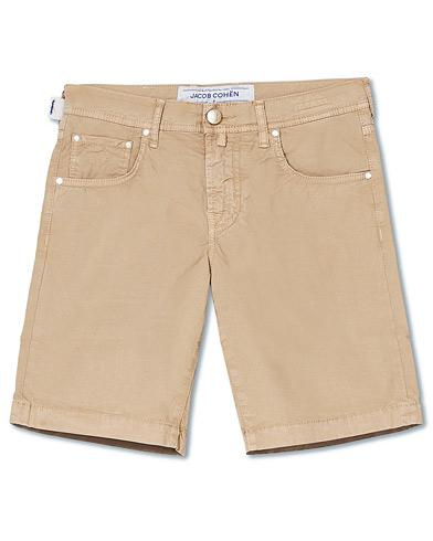 Jacob Cohën 5-Pocket Gabardine Shorts Khaki i gruppen Kläder / Shorts / Chinosshorts hos Care of Carl (15724311r)