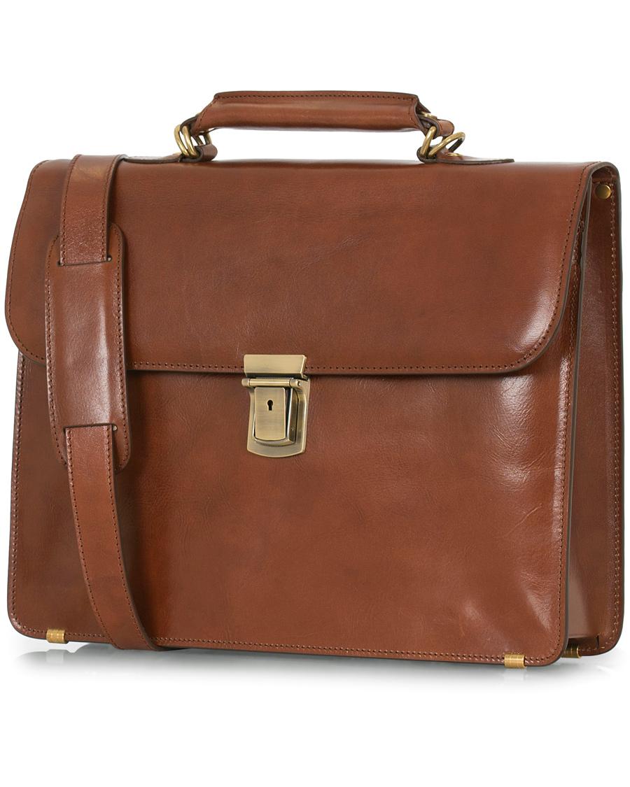 Baron Väskor Stockholm : Baron small briefcase cognac leather hos careofcarl